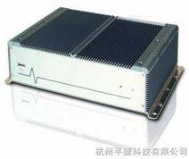适用于车载电脑,双核免维护工控机,监控工控机的无风扇嵌入式工控机(BOX PC)